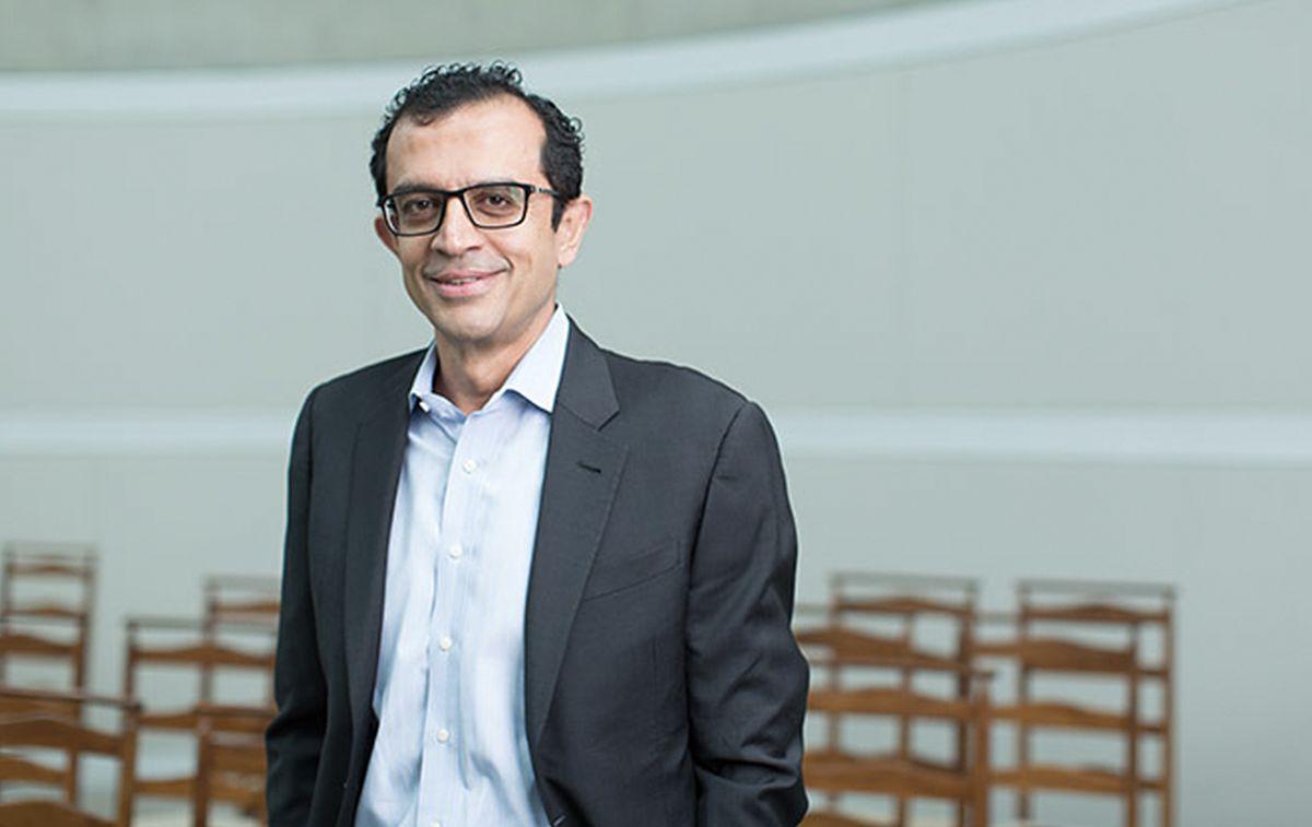 Vikram Ghandi Profile Image_The Investment Banker Turned Teacher_Alexandra Court_Invest for Good blog
